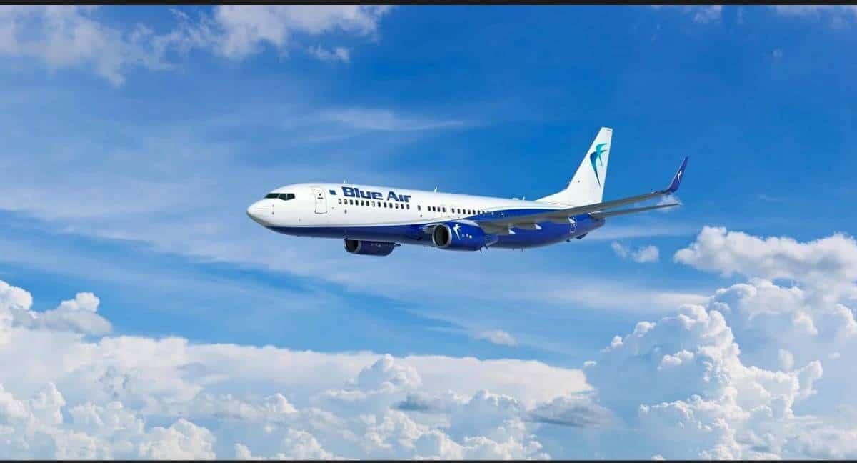 Blue Air: sconti per chi vola vestito di blu thumbnail