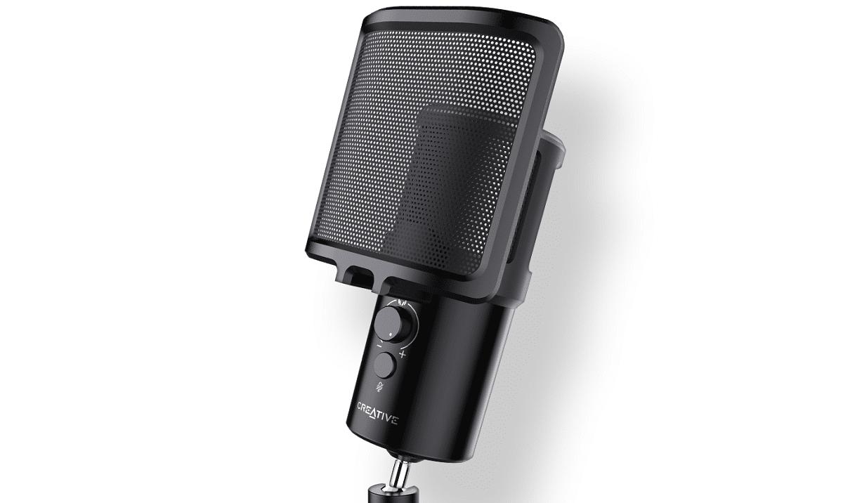 Creative Technology presenta il nuovo microfono Creative Live! Mic M3 thumbnail