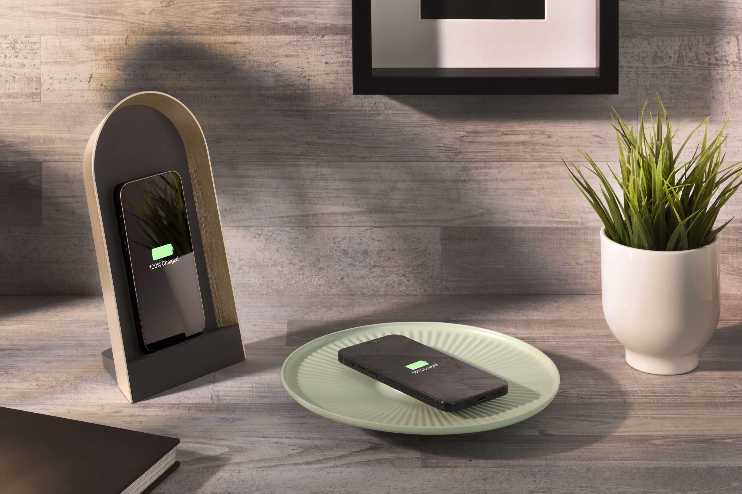 Domus e Lotus: ecco i nuovi caricabatterie wireless di Cellularline thumbnail