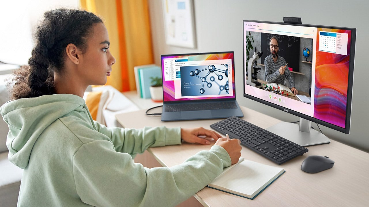 I nuovi monitor di Dell dedicati alla produttività e alle videochiamate thumbnail