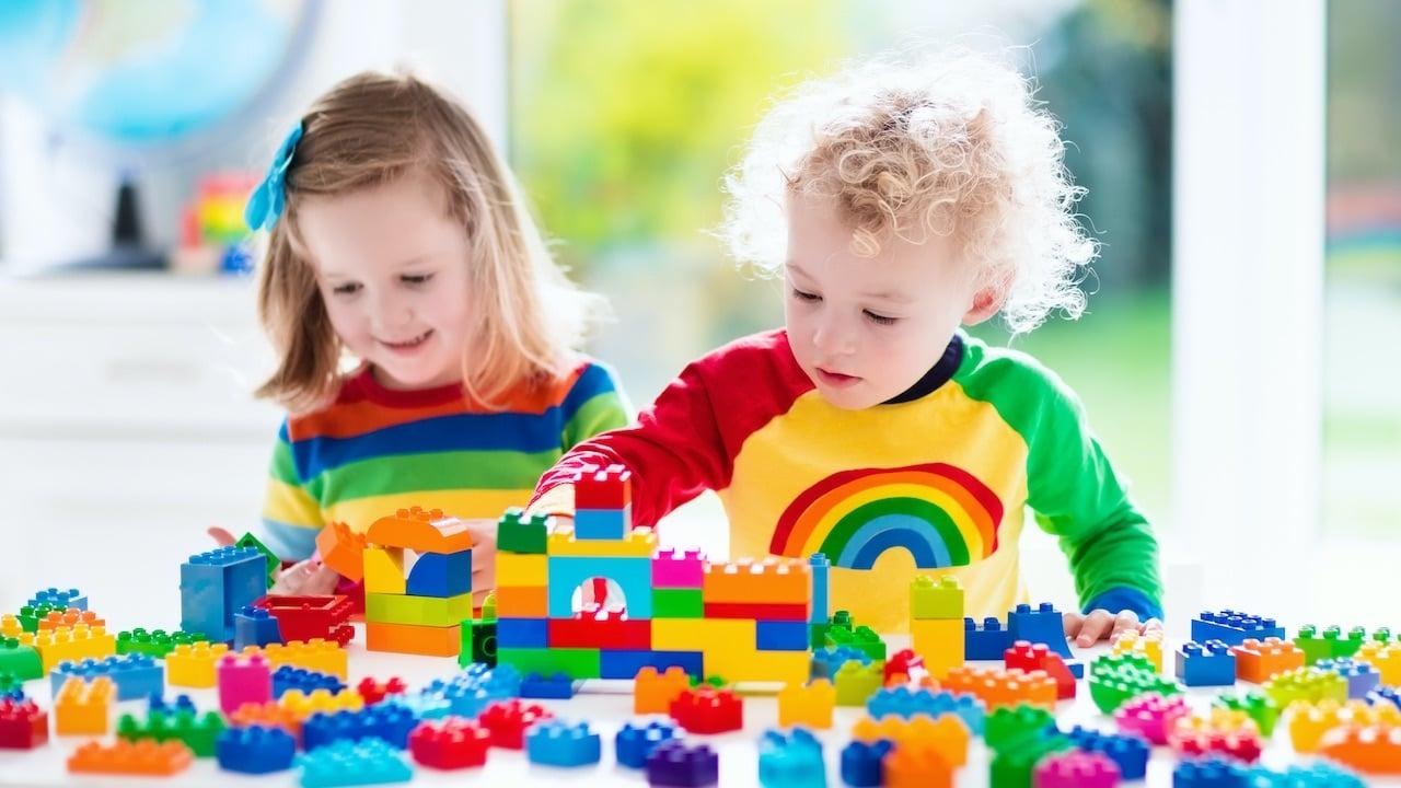 LEGO rimuoverà le etichette di genere dai giocattoli thumbnail
