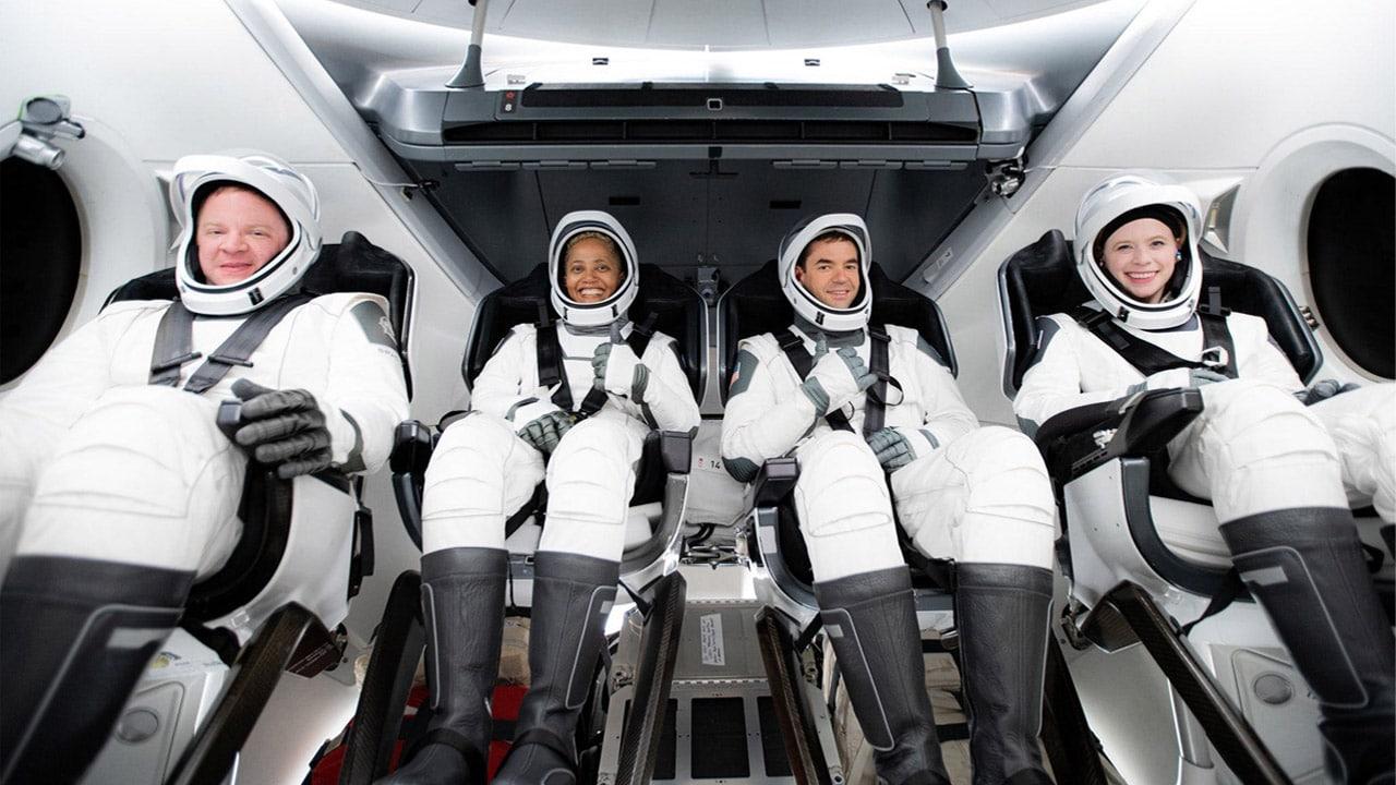 Con Space X i prodotti Apple vanno in orbita thumbnail