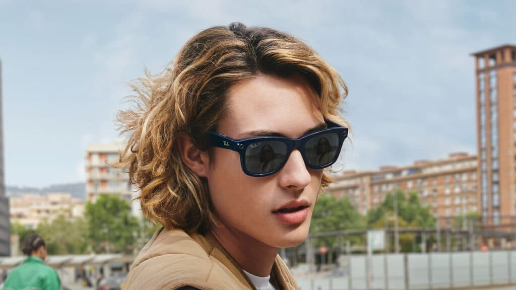 Ray-Ban Stories occhiali smart Facebook