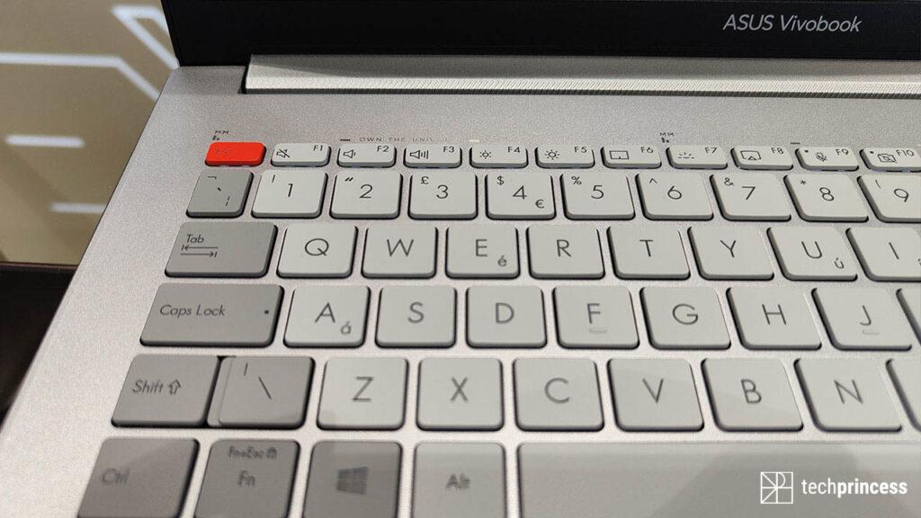 ASUS Vivobook Pro 16X tastiera