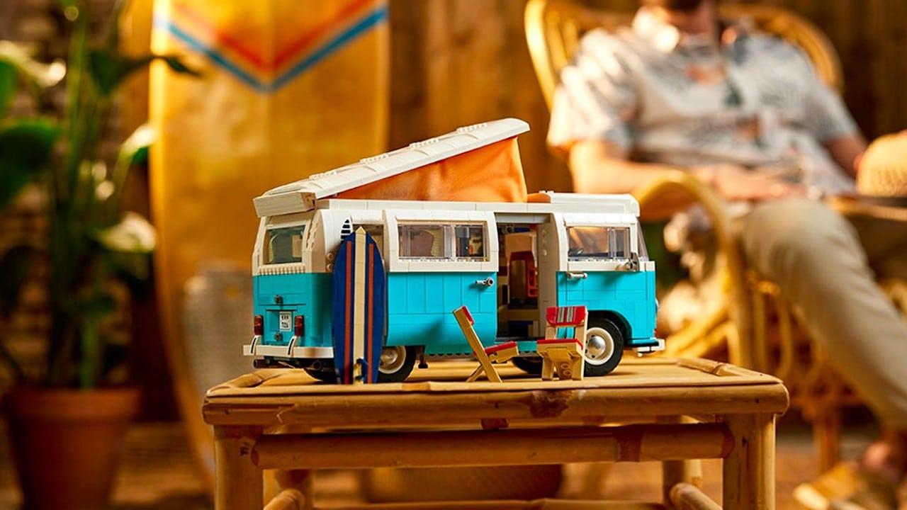 Il camper Volkswagen diventa un kit LEGO thumbnail