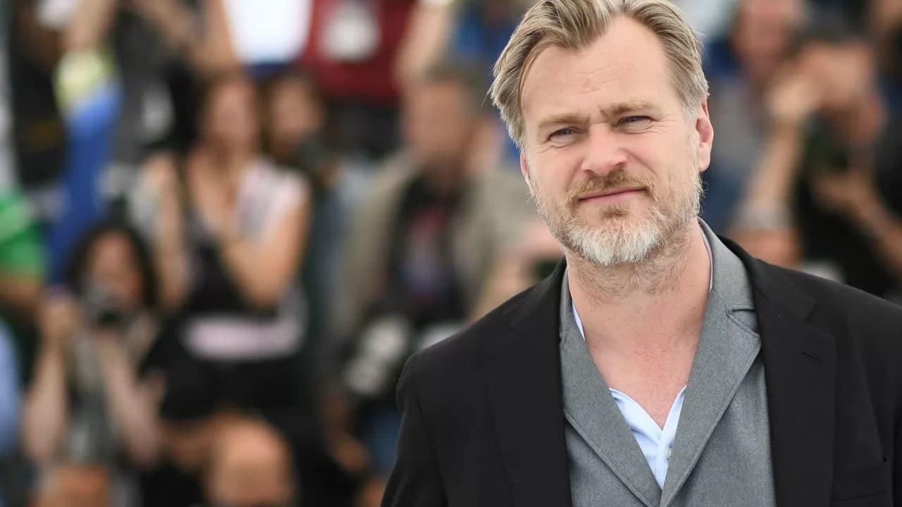 Christopher Nolan dice addio a Warner Bros thumbnail