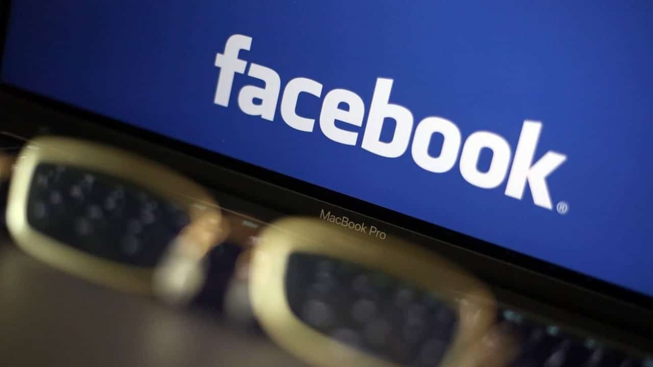 Facebook dà informazioni incomplete ai ricercatori di fake news thumbnail