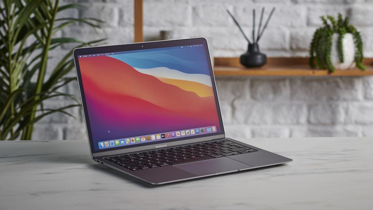 MacBook Air: nuova versione più potente in arrivo nel 2022? thumbnail