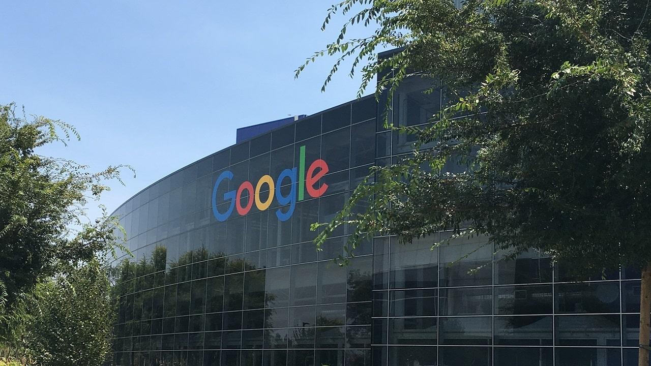 Google vuole ribaltare la decisione da 5 miliardi dell'antitrust UE thumbnail