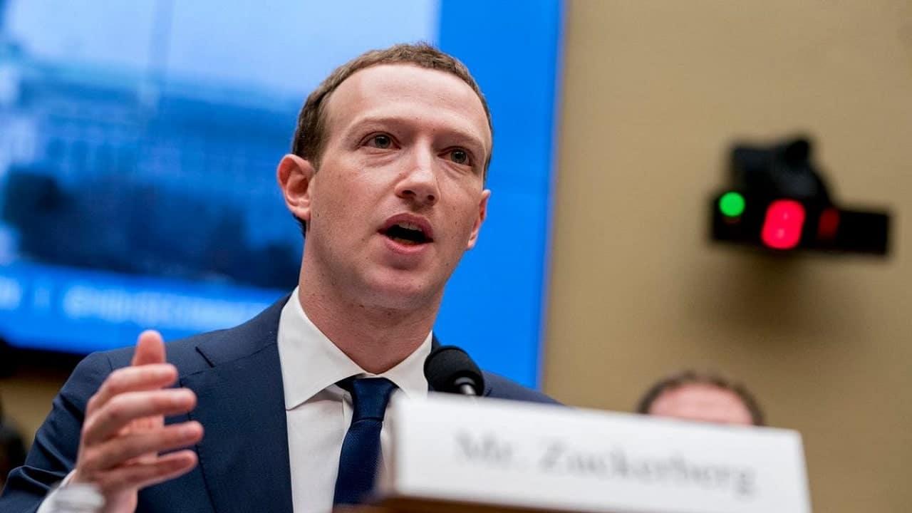 Facebook promuove se stessa nella sezione Notizie con Project Amplify thumbnail