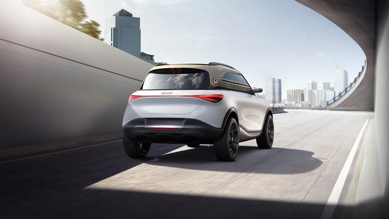 smart Concept #1, è un SUV elettrico tecnologico e compatto la prima della nuova era thumbnail