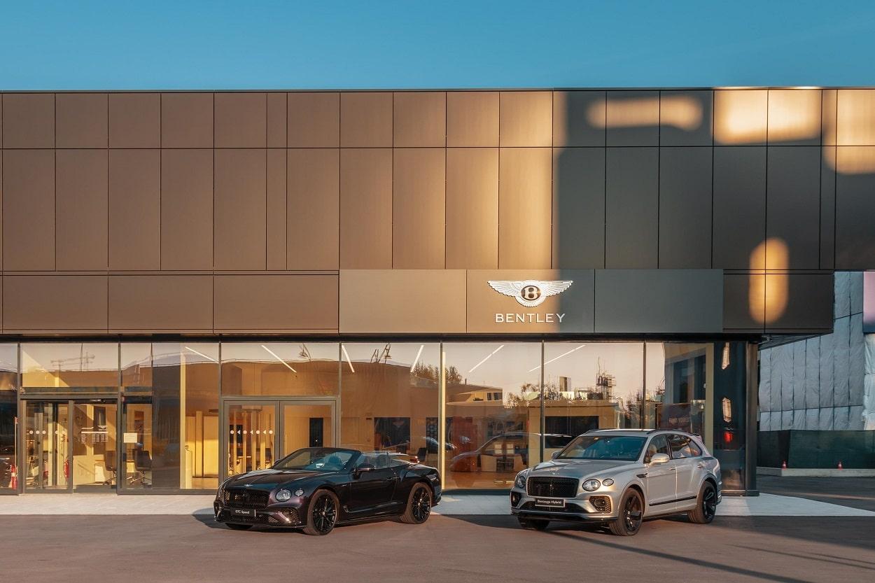 Bentley Milano inaugura la sua nuova sede thumbnail
