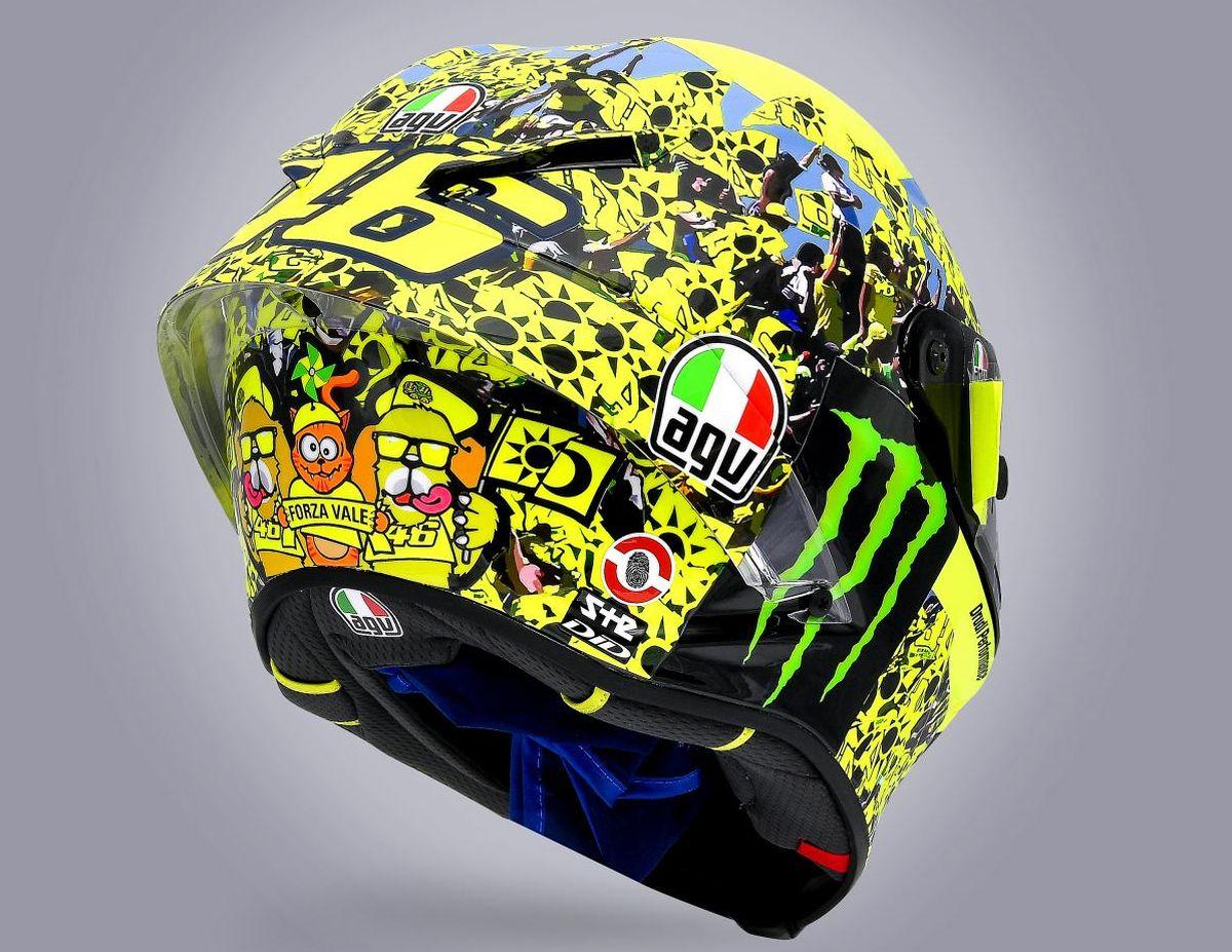 GP Emilia-Romagna 2021, Valentino Rossi saluta i fans con un casco dedicato thumbnail