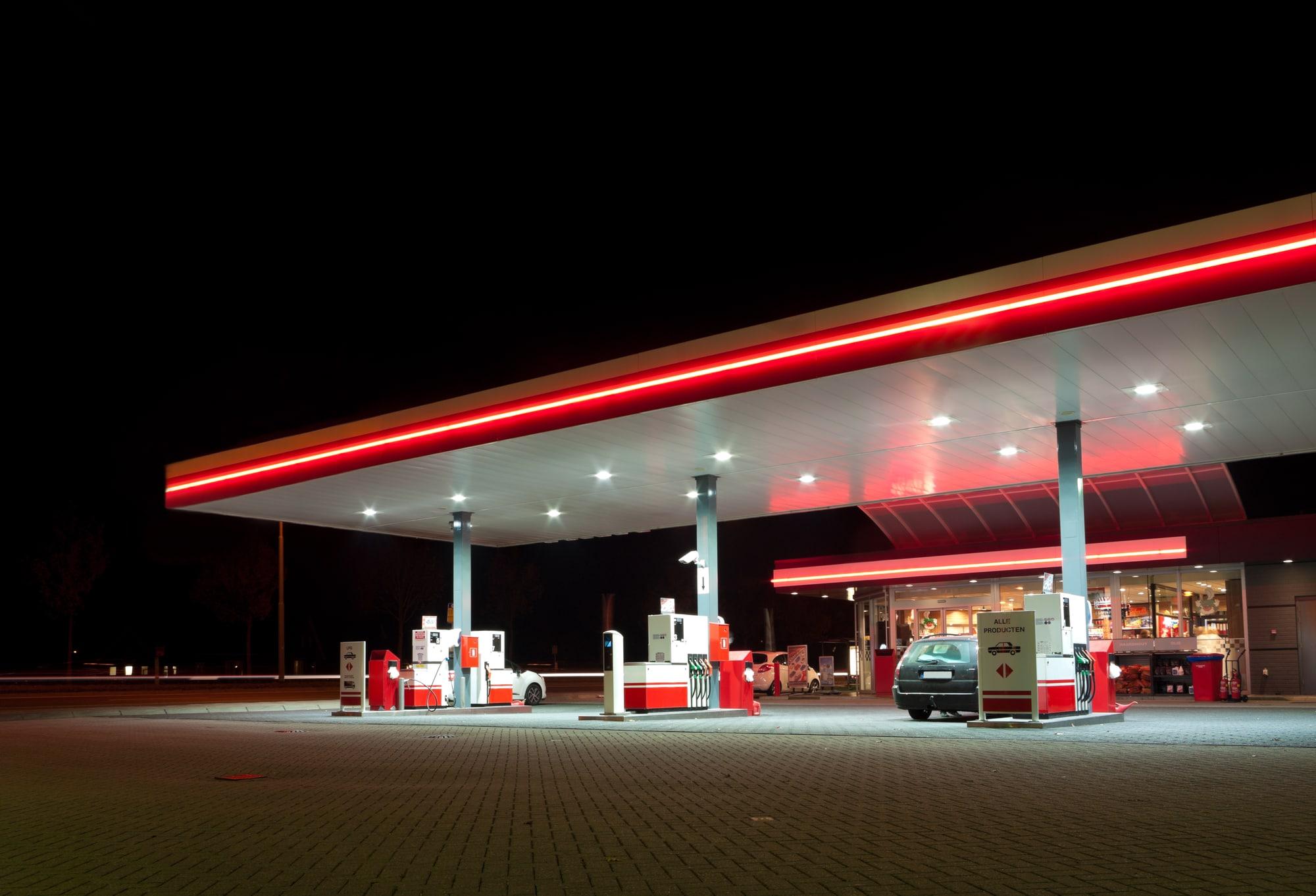 Metano, prezzi alle stelle: superati i 2 euro al kg thumbnail