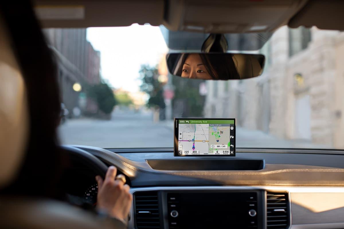 Garmin lancia la nuova serie di navigatori DriveSmart thumbnail