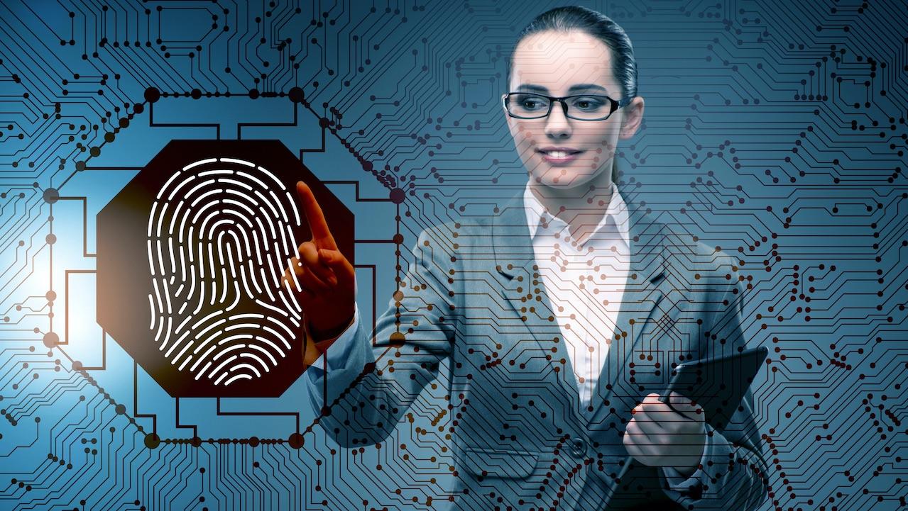 Identità digitale, da oggi addio a pin e password thumbnail