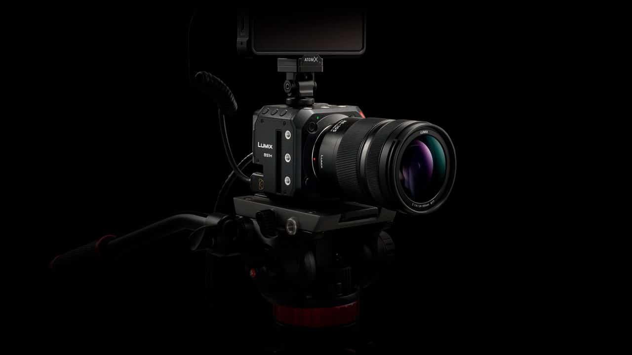 Lumix BS1H: presentata la nuova videocamera box style, ora con sensore full-frame thumbnail