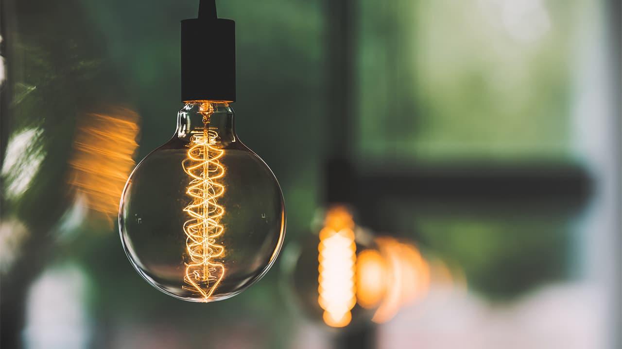 Aumenti luce e gas, il 40% delle offerte del Mercato Libero garantisce un risparmio thumbnail