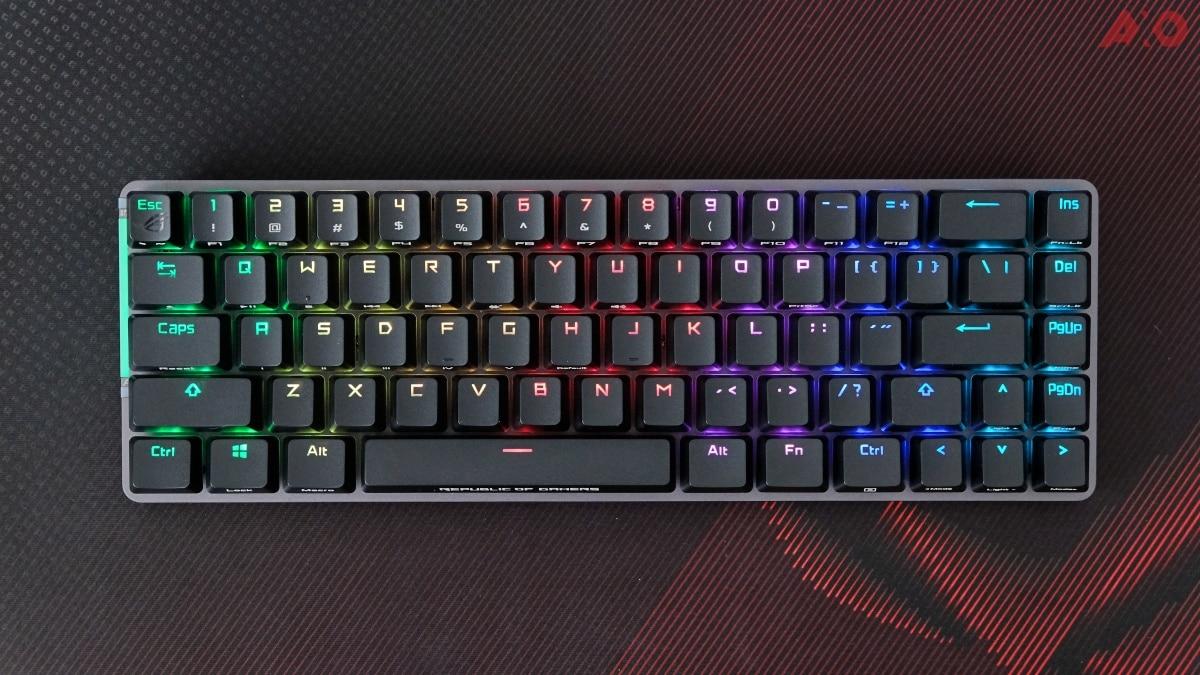 La recensione di ROG Falchion: la tastiera da gaming per eccellenza thumbnail