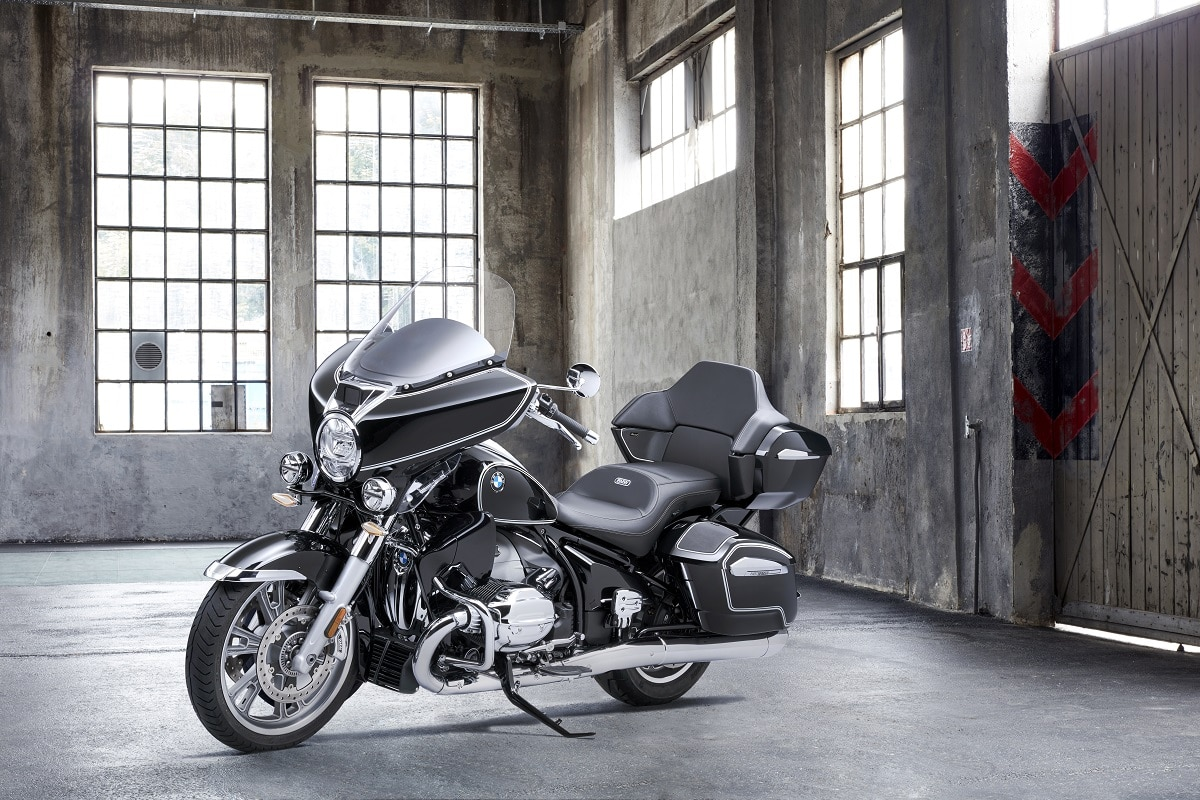 BMW Motorrad porta la gamma R 18 ad Auto e Moto d'Epoca thumbnail