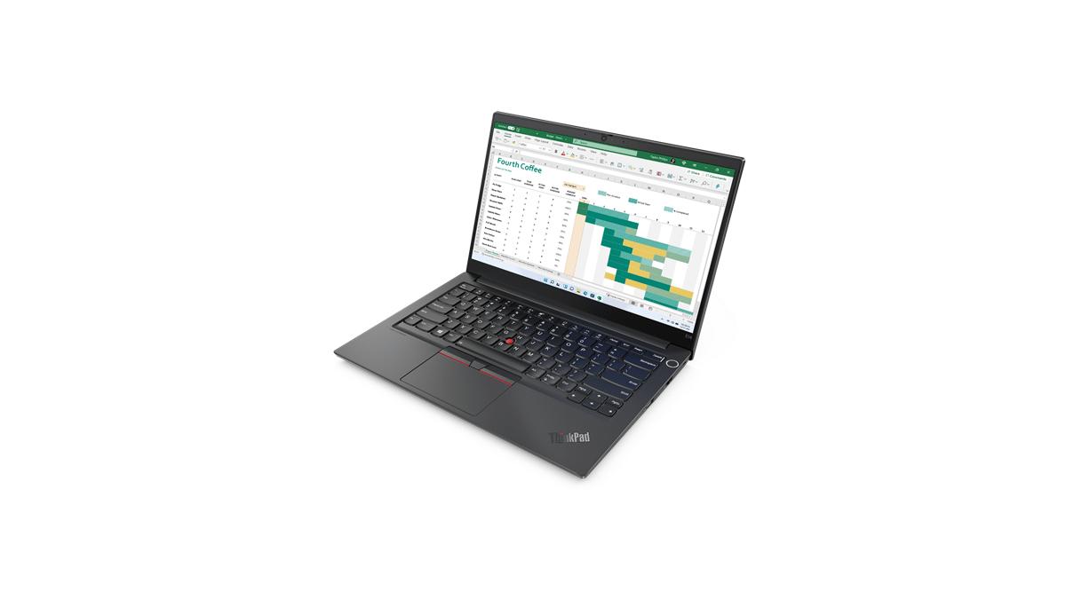 Lenovo annuncia l'arrivo in Italia dei nuovi laptop business con Windows 11 thumbnail