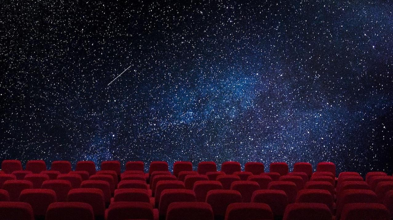Girato il primo film nello spazio, la troupe è rientrata a Terra thumbnail