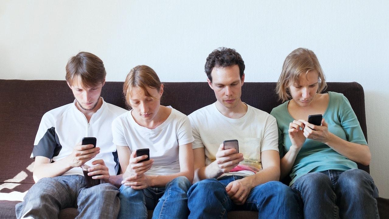 Censis: Boom di internet, social e smartphone dopo la pandemia thumbnail